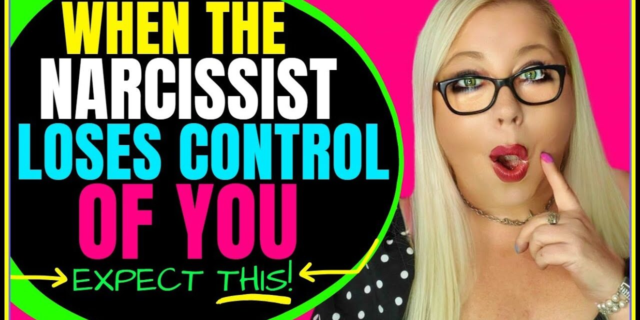 4 Things Narcissists Do When They Can't  Control You
